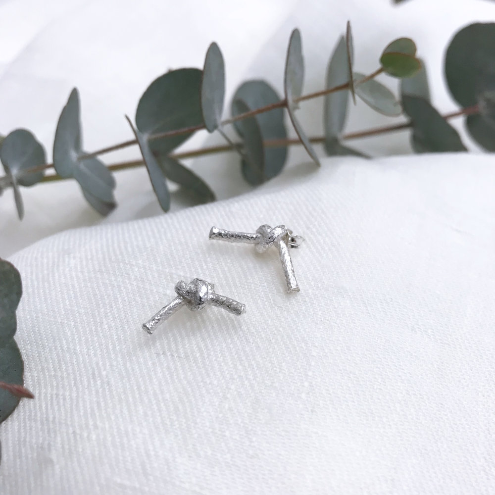 People also viewed - Mini knot studs
