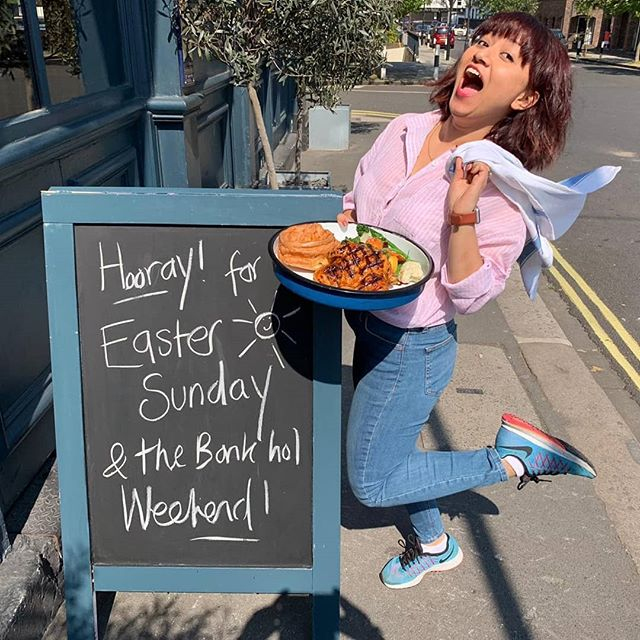 Happy Easter to all our lovely customers! 🤗🐣 beautiful Sunday Roasts served all day by our charming staff.  Along with the usual refreshments to get you through the hot day ☀️ perfect day to bring the family to the pub!