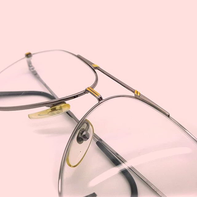 Some more Italian beauties for you this Thursday, these 1980s Marcolin Danieli avaitors are ready for you to customise on our Etsy store. 🇮🇹🔥 #vintage #vintageyeglasses #vintageframes #italianvintage #vintagefashion #vintagestyle #vintageaviator #eyeglasses #glasses #hypebeast #retrochic #eyewear #vintagebloggers