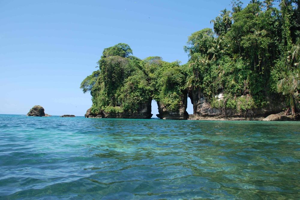 Isla-de-los-Pajaros-water.jpg