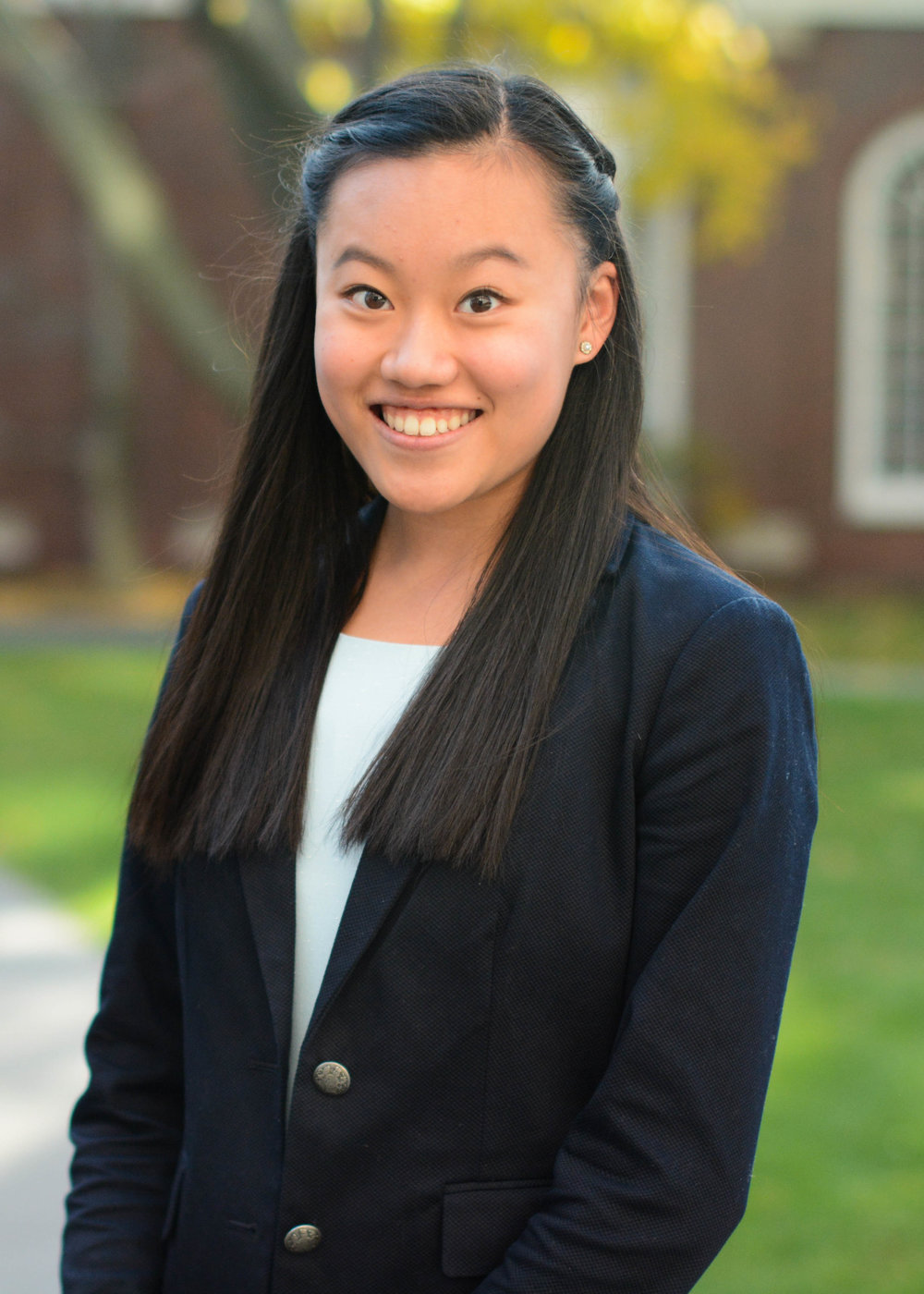 AMY ZHOU '20 | OPERATIONS MANAGER - Amy was born and raised in Colorado and is now a freshman living in Canaday. Outside of HSA, she is an operations associate for Harvard China Forum and on the business board of The Harvard Crimson. While she's still undecided about her concentration, she is interested in economics and is a board member of the Harvard Undergraduates Economics Association. In her spare time, Amy enjoys hiking, exploring new restaurants, and hanging out with friends.