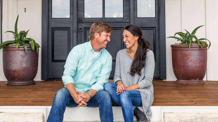 EXCLUSIVE: Chip & Joanna Gaines' Pastor Responds to Buzzfeed's Public Shaming