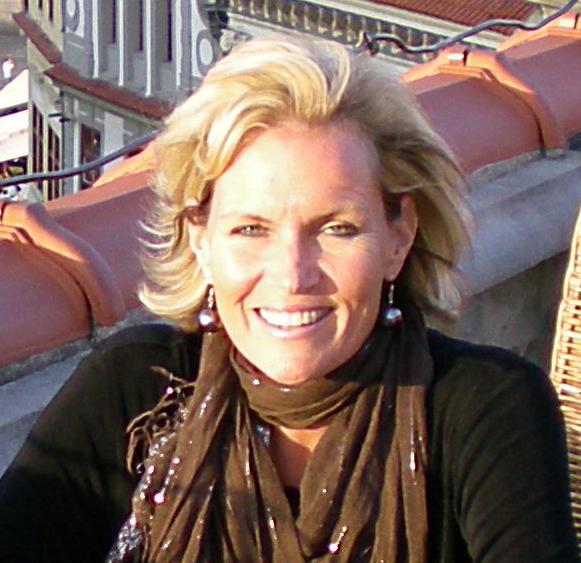 Janet Robinson.jpg