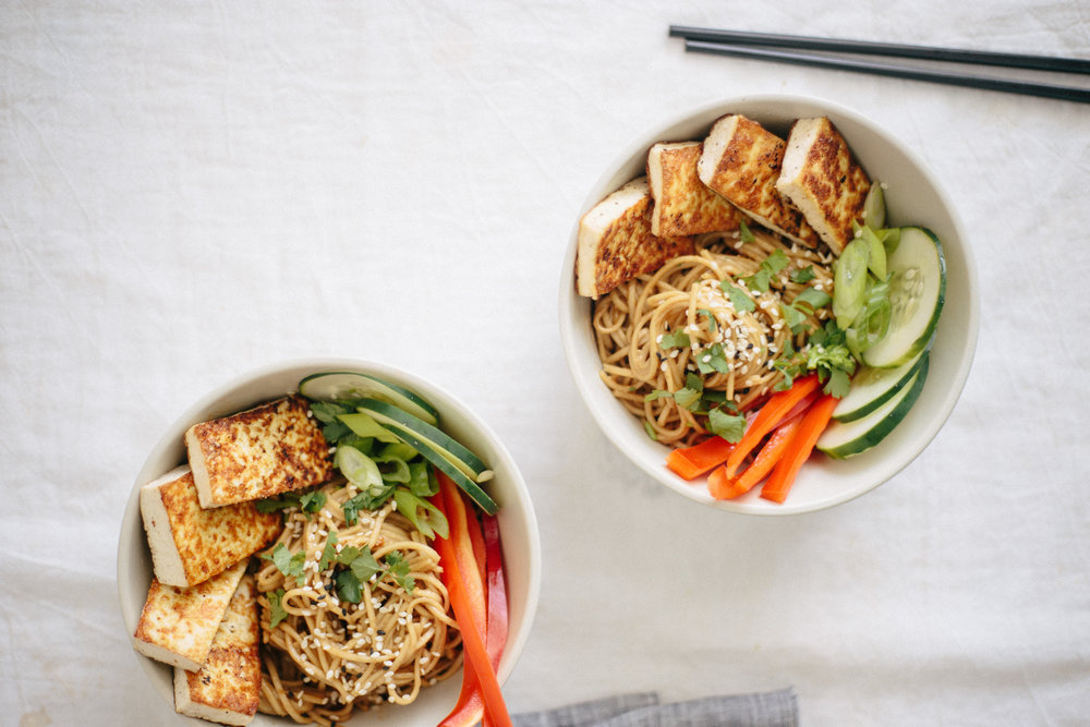 soba_noodle_tofu_bowls_peanut_sauce-20.jpg