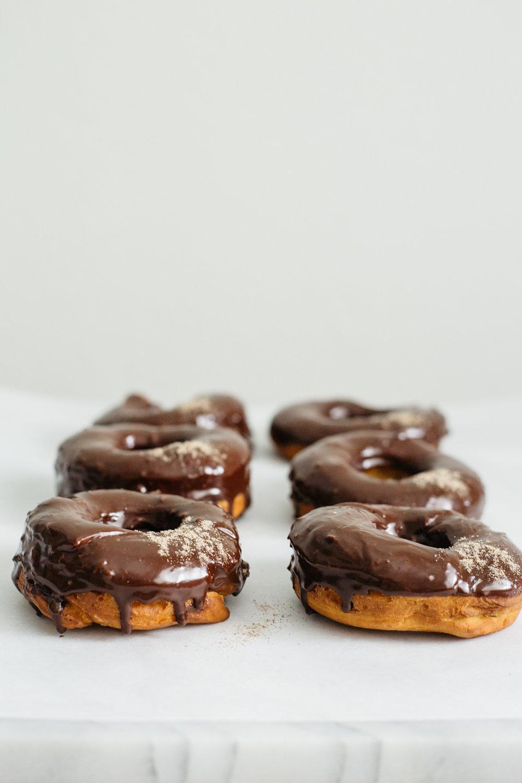 cardamom_chocolate_doughnuts-132.jpg