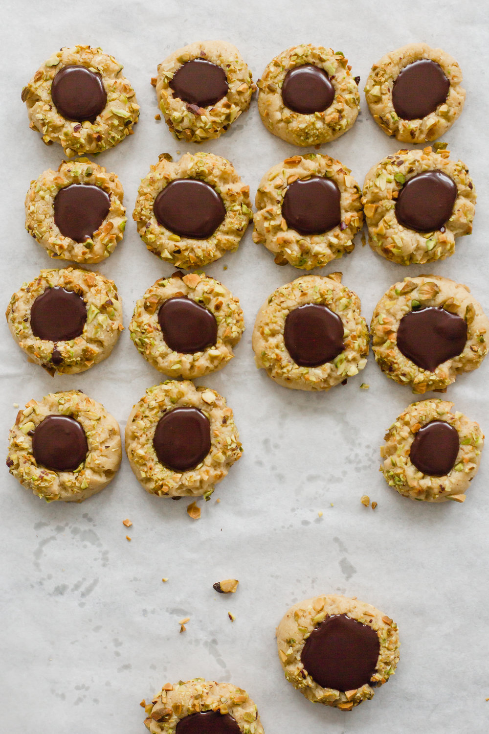pistachio_chocolate_thumbprints-14.jpg