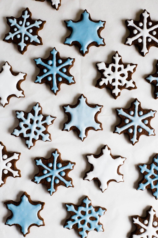 snowflake_chocolate_sugar_cookies-10.jpg