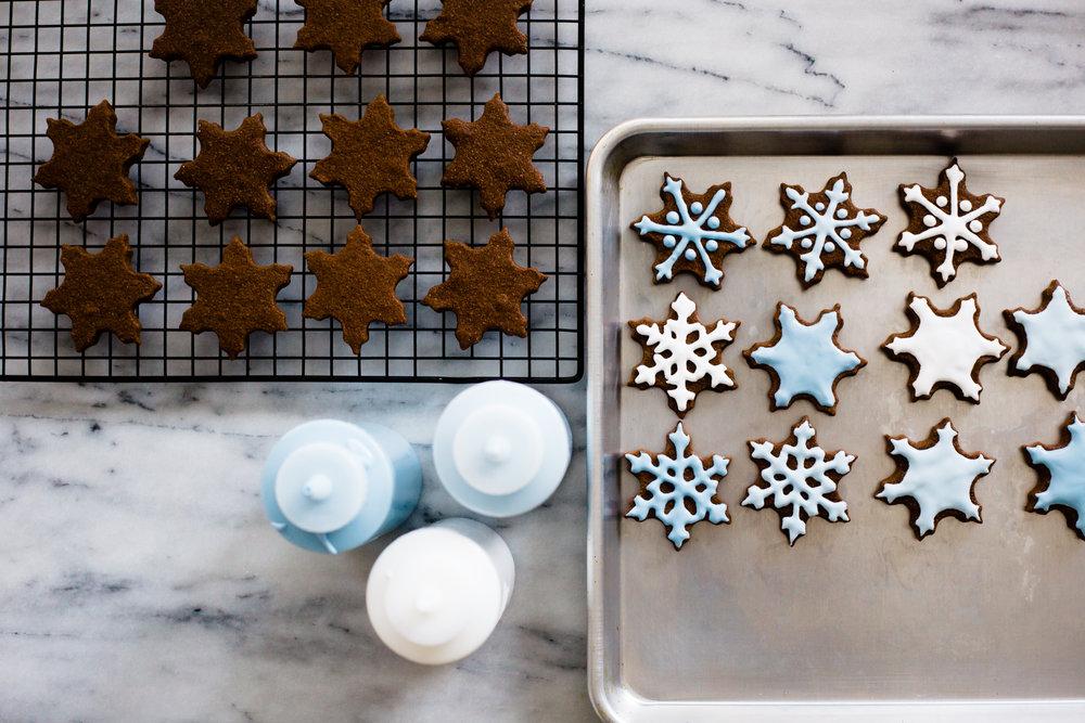 snowflake_chocolate_sugar_cookies-3.jpg