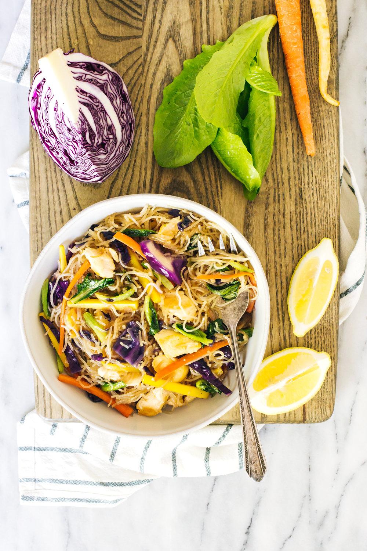 chicken_pancit_bihon_lettuce-11.jpg