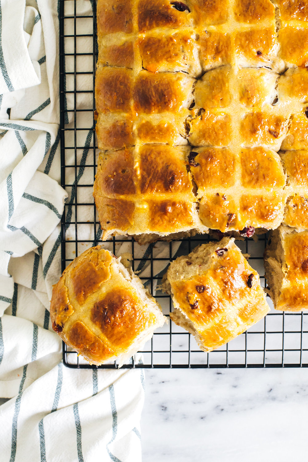 orange_cranberry_hot_cross_buns-14.jpg