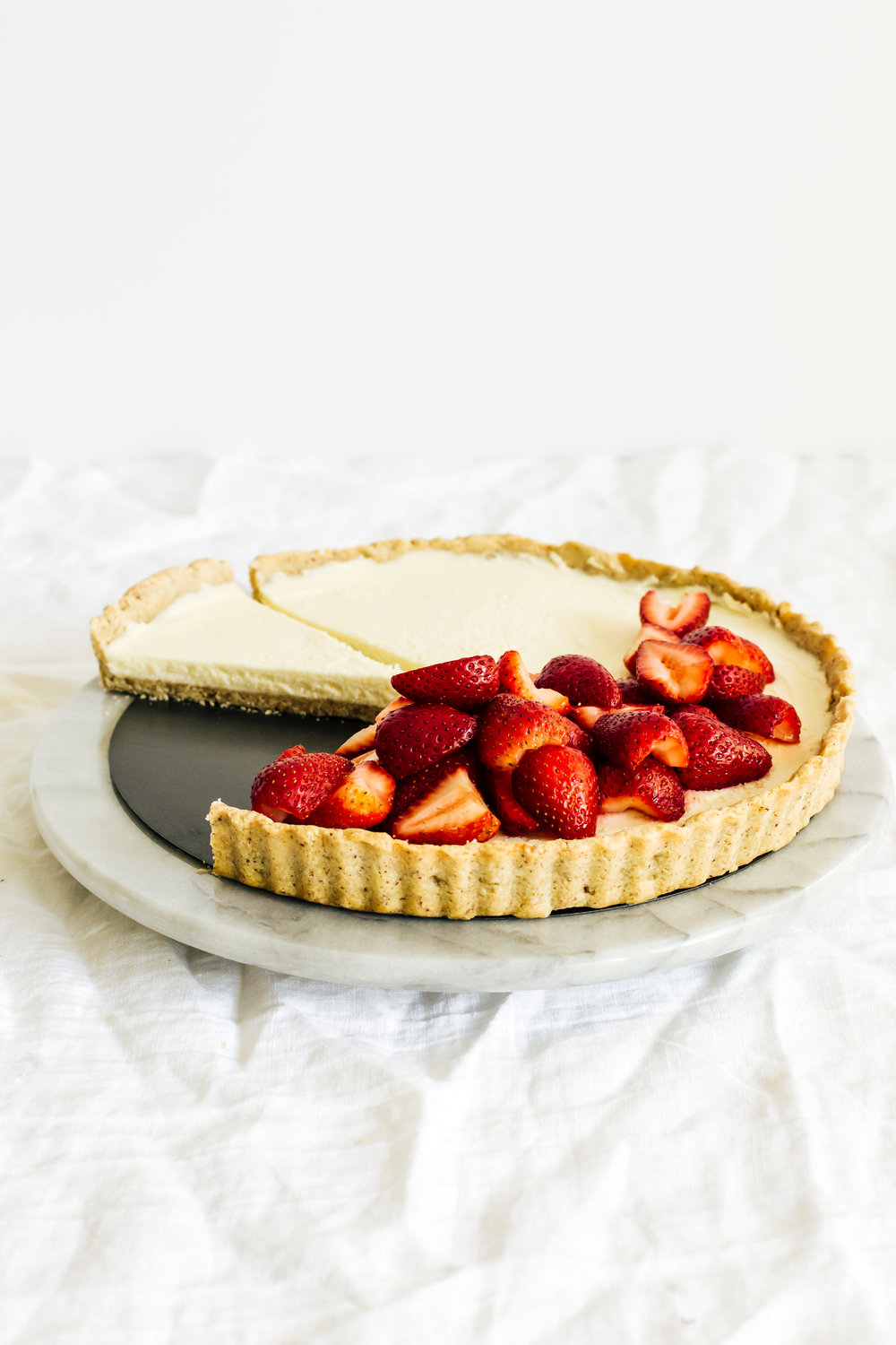 strawberry_hazelnut_tart-50.jpg