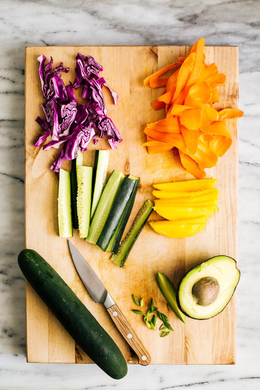 veggie_sushi_sriracha_mayo-2.jpg