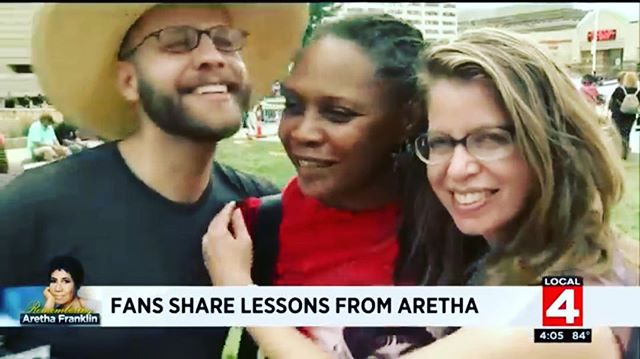 Still watching Aretha's 6 hour funeral. Still getting a kick out of being on the news with my sister at the viewing. Just taking in the moment :) https://youtu.be/_iVXpLMqR8Y