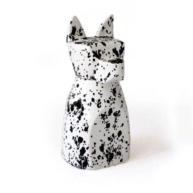 🖤Large Dog Urn with Ink Spots🖤 . . . . .  #clay  #ceramics #pottery  #wholesale  #uniquela  #homegoods #slipcast #madeinla #charmceramics  #americanmade  #bestofetsy #design #livingunique  #dogsofinstgram #dogs #peturn #petmemorial #productdesign #industrialdesign  #animallover #glaze #earthware  #peturn #dogurn #howyouhome #contemporarydesign