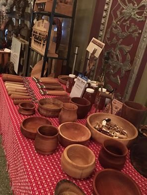 A photograph of hand crafted wooden bowls by local maker Davey Jones of Chisel Me Timbers. Photo by Davey Jones.