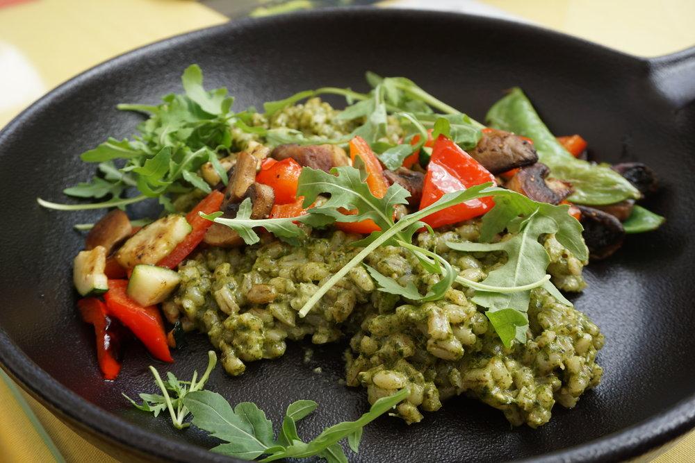 Pesto farro salad