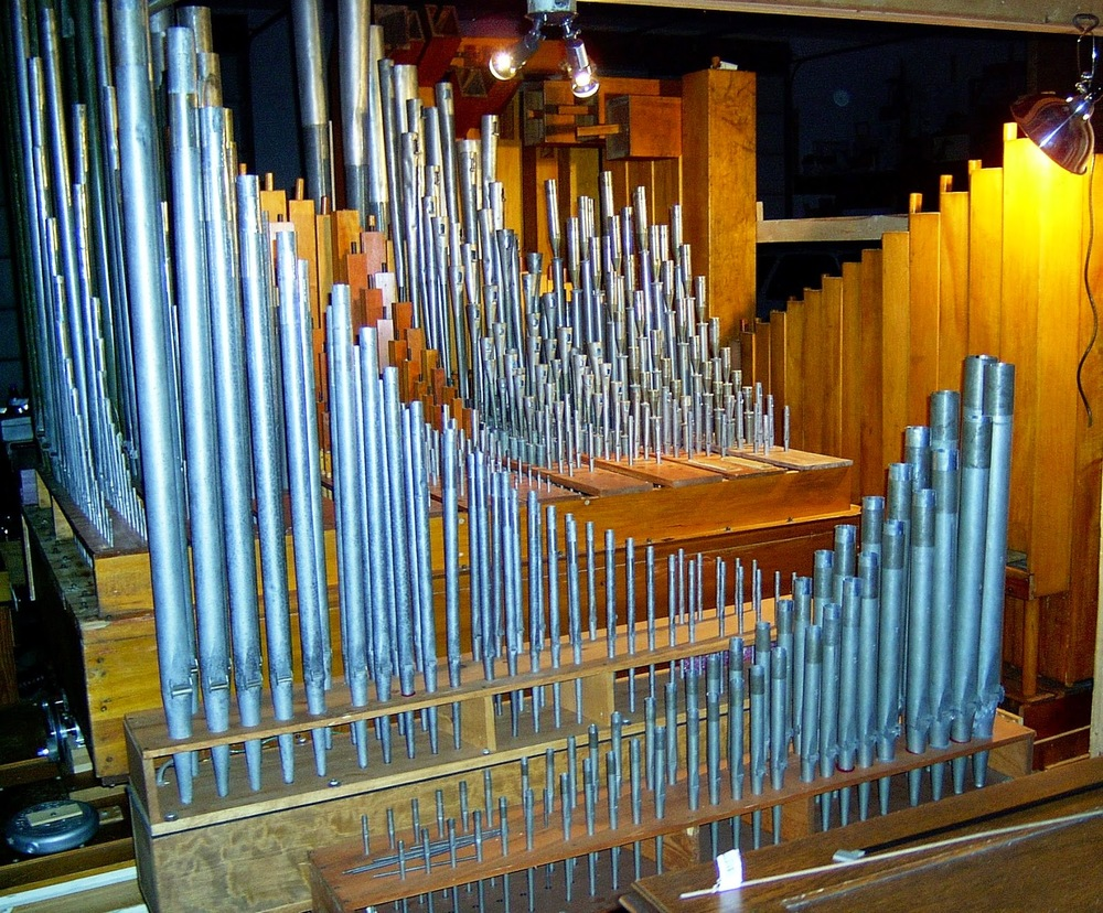 Copy of pipes on chest 004.JPG