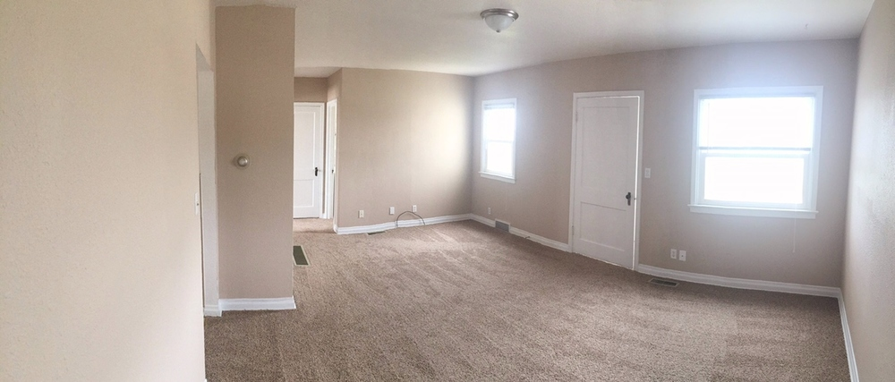 Vintage Apartment Rental in Rapid City, SD - living room