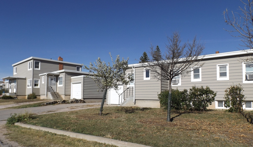 Vintage Apartment Rental in Rapid City, SD - yard view