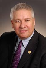 Dr. Todd Leach