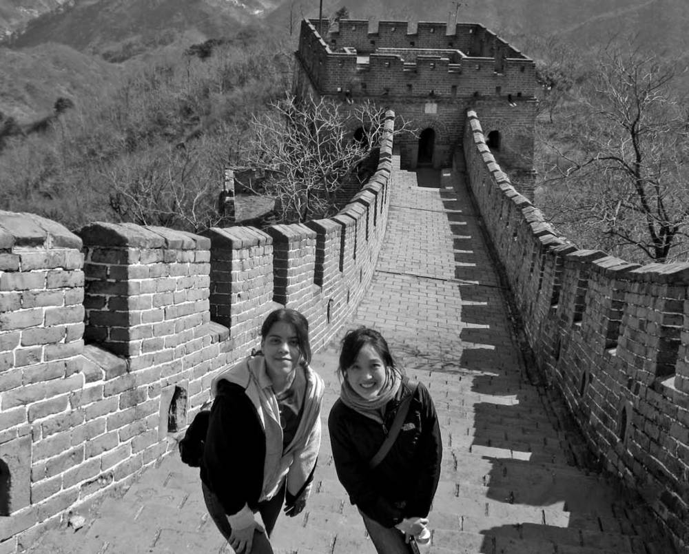 Valery Lavigne (pictured l.) at the Great Wall of China