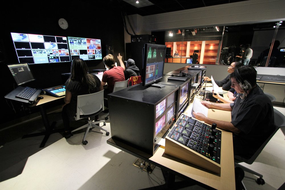 North Lake College news control room. Photo by Cesar Canizales.