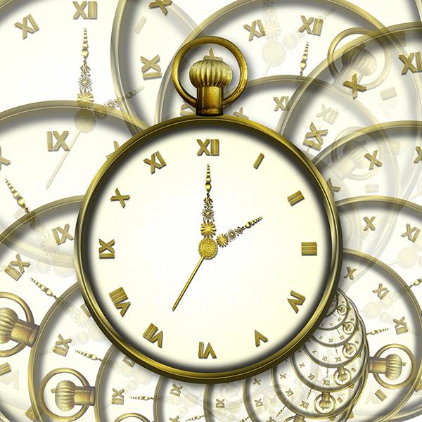 clock-2464755_1920.jpg