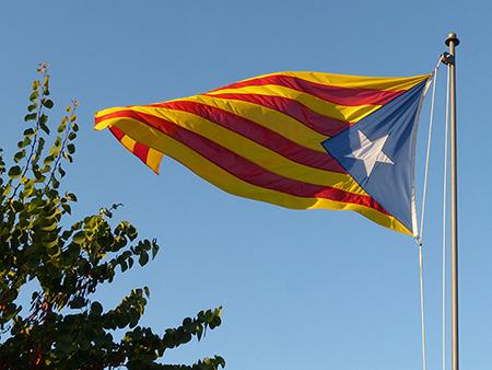 flag-2673579_1920.jpg
