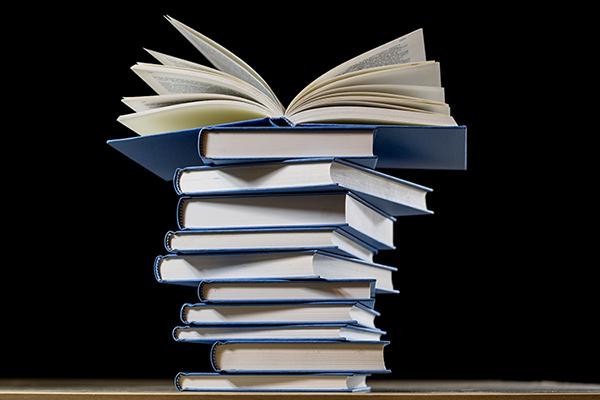 book-2852903_1920.jpg