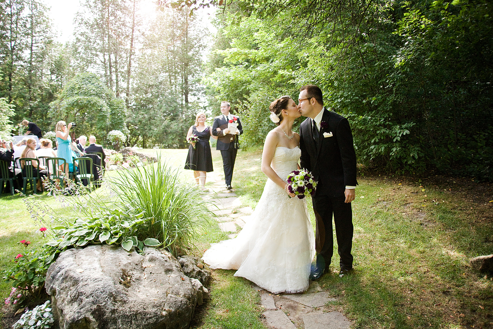 vintage millcroft inn wedding