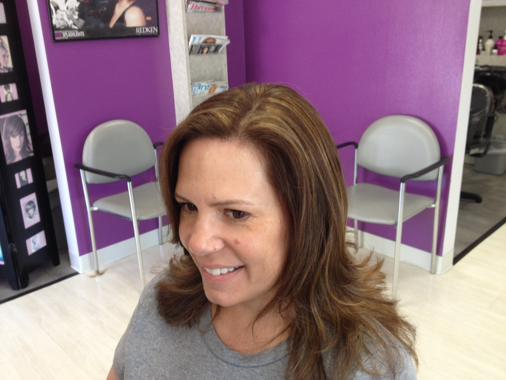 Lori wanted to be lighter we colored her first to lighten #cover fusion 6NGB, then used #up to 7 30 v. #babylights #reneeshearenvy