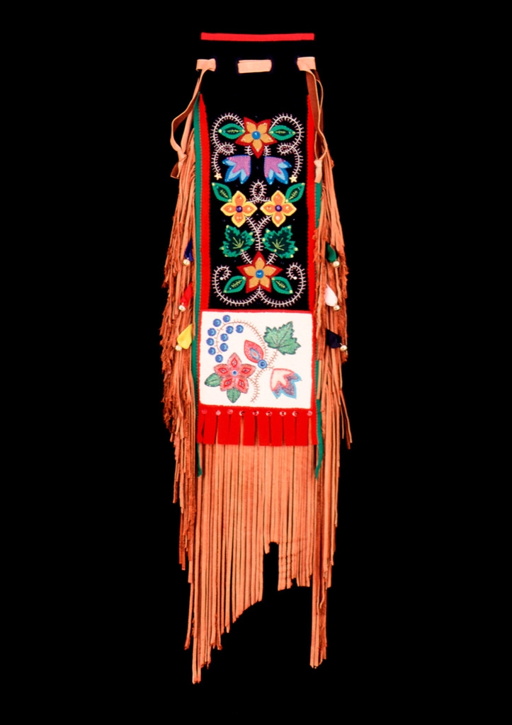 Traditional Anishinaabe / Ojibwe Woodland Pipebag, 2002