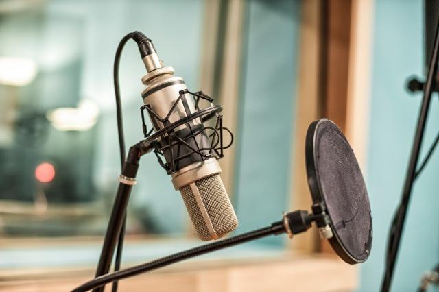 iStock_microphoneSmall.jpeg