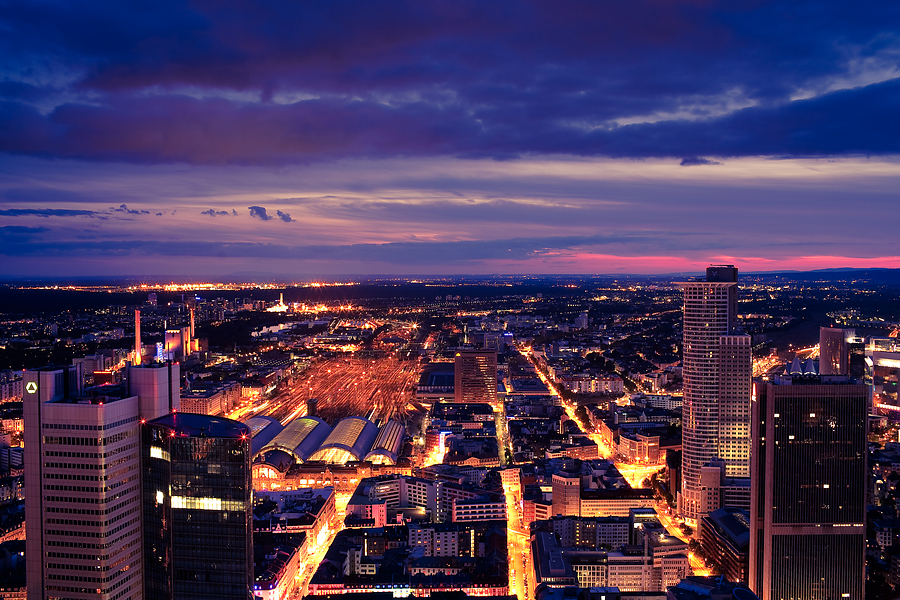 Frankfurt_Skyline_at_Night.jpg