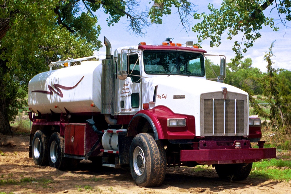 Water Truck BigPup  w 2477.jpg