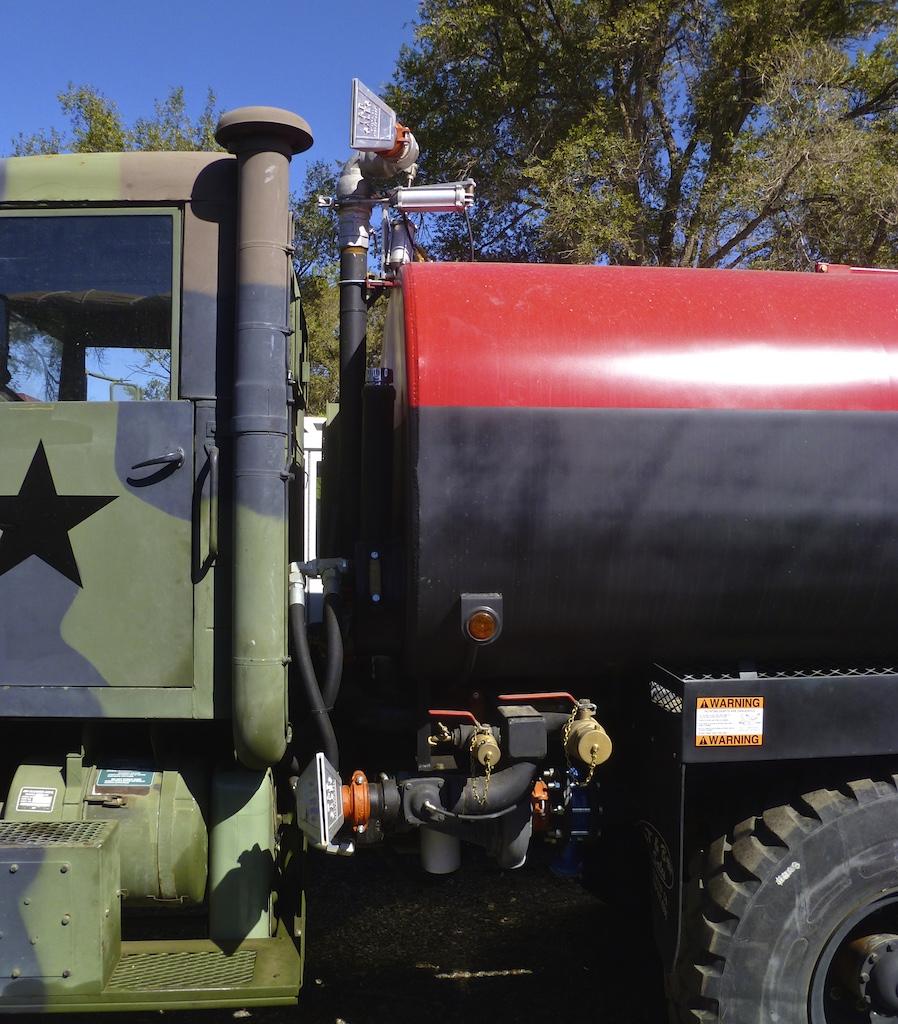 Water Tanker RedBk w15 2462.jpg