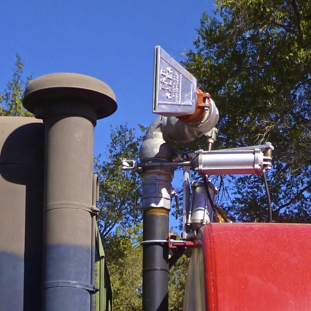 Water Tanker RedBk w15 2463.jpg