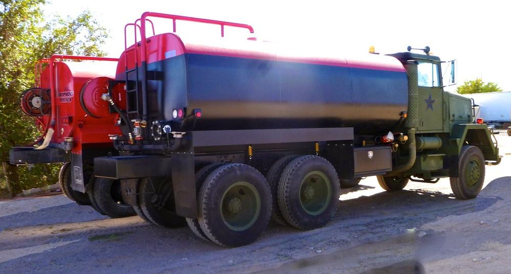 Water Tanker RedBk w15 2465.jpg