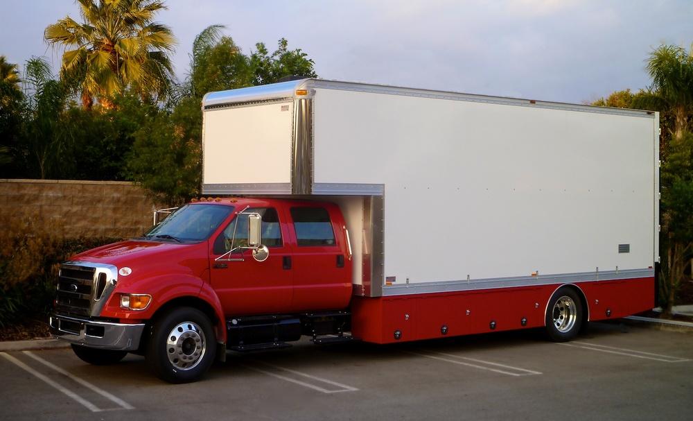 Cargo_Van-5-Ton_w15 2243.jpg