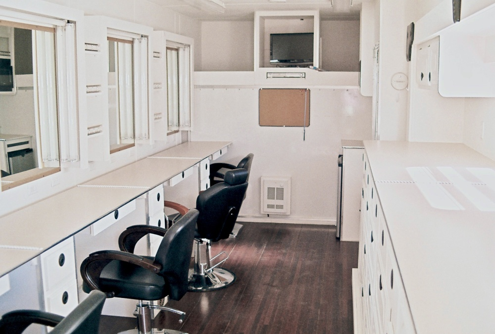 Makeup Trk Interior w 2667.jpg