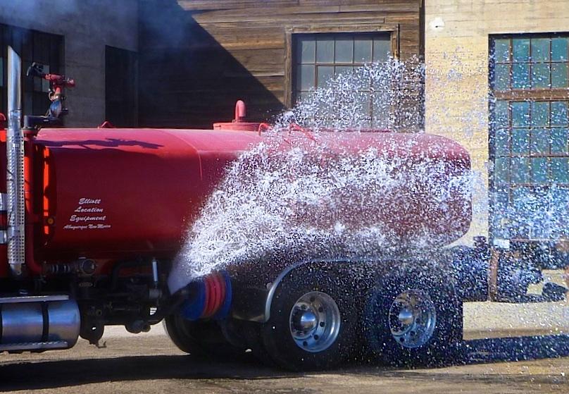 WATER TRK RedSilv w 2736.jpg