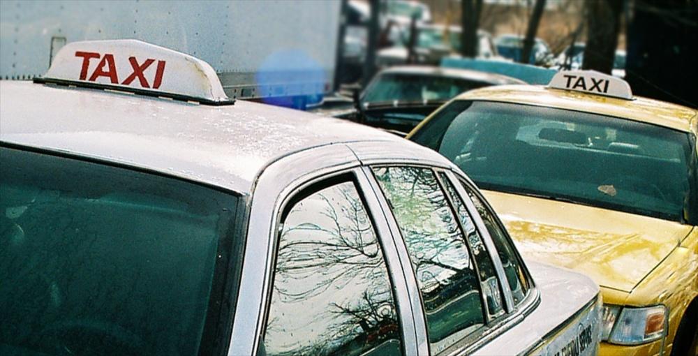 Taxi 3195.jpg