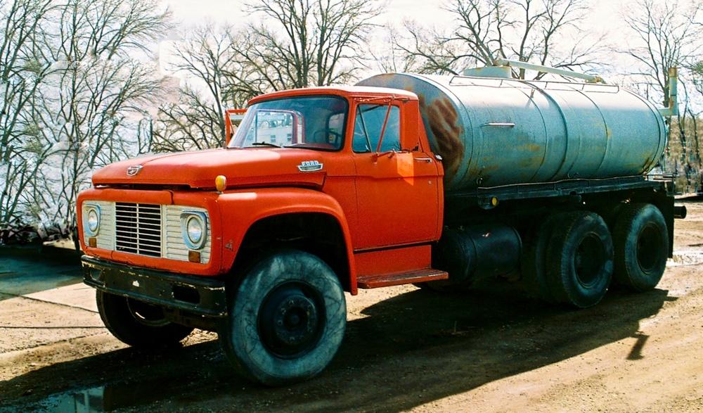 Water Truck PicCar 3541.jpg