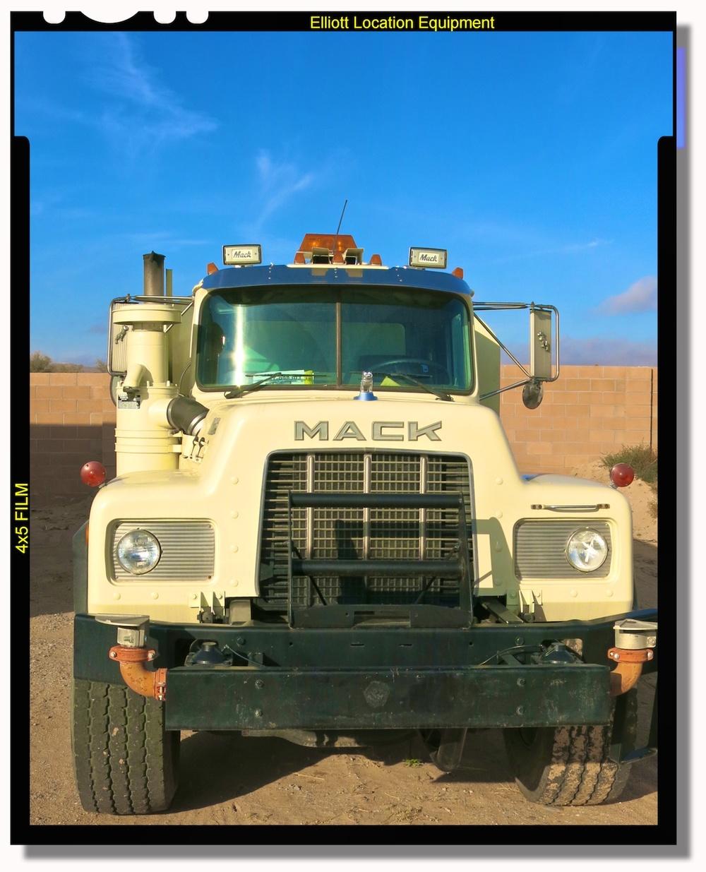Water Truck PicCar 3543.jpg