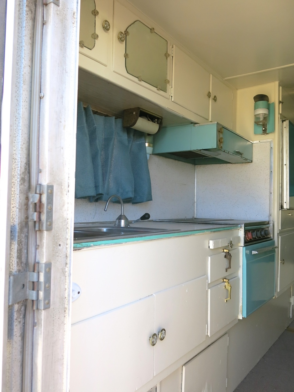 Vintage Camper 60s 3639.jpg
