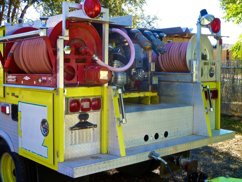 Fire Truck Bush 1500 6506.jpg
