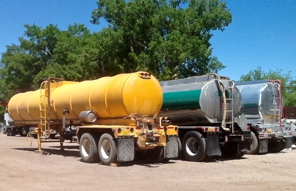 Water Tanker 6566.jpg