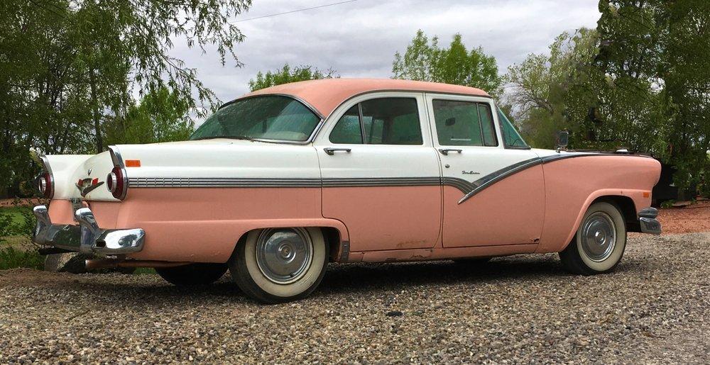 Vintage PicCar Ford  1500 6575.jpg