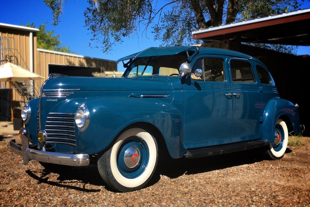 Vintage Car 40s 6643.jpg