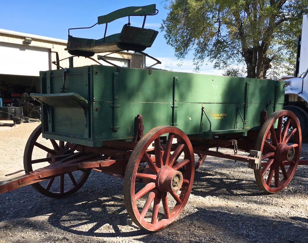 Vintage Buck Board Wagon 6663.jpg
